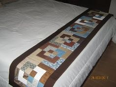 Love it Bed Runner, Table Runner And Placemats, Quilted Table Runners, English Cottage Interiors, Skinny Quilts, Small Quilt Projects, Electric Quilt, Hotel Bed, Quilt Bedding