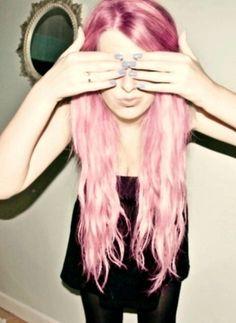 Image via We Heart It https://weheartit.com/entry/158832064/via/29738922 #beauty #girl #grunge #pinkhair