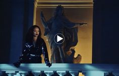 Dior invite Rihanna au Château de Versailles http://fashions-addict.com/Dior-invite-Rihanna-au-Chateau-de-Versailles_408___15823.html