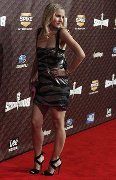 Kristen Bell: pumps and great legs Perfect Legs, Great Legs, Nice Legs, Subaru, Bollywood, Celebrity Faces, Celebrity Beauty, Celebrity News, Kristen Bell