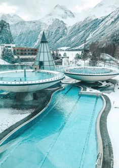 The perfect thermal spa ☃️❄️😍 Aqua Done in Tirol, Austria. Photo by Pilotmadeleine Luxury Boat, Luxury Travel, Places To Travel, Travel Destinations, Places To Visit, Unique Honeymoon Destinations, Tirol Austria, Vienna Austria, Austria Travel