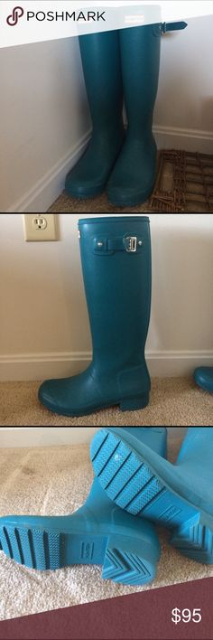 Teal Hunter boots Very lightly worn. Matte. My favorite color. Excellent condition. Hunter Boots Shoes Winter & Rain Boots
