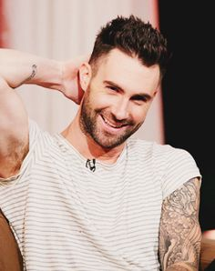 Adam Levine Smiling   Love Maroon 5 • Adam Levine Pictures Smiling ♥