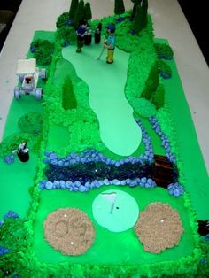 Making Golf ball Cake Step by Step Golf Ball Cake, Golf Cakes, Golf Birthday Cakes, Happy Birthday, Rehearsal Dinner Themes, Rehearsal Dinners, Golf Course Cake, Sports Themed Cakes, Realistic Cakes