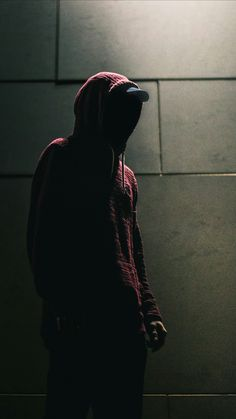 possibly jo if you remember the memorable red hoodie Dark Room Photography, Boy Photography Poses, Urban Photography, Street Photography, Hacker Wallpaper, Alone In The Dark, Photographs Of People, Foto Art, Background Pictures