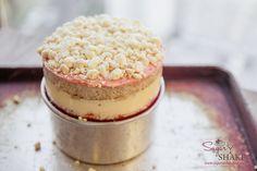 Drool worthy Strawberry Lemon Layer Cake, recipe by Christina Tosi (Momofuku Milk Bar). Momofuku Recipes, Momofuku Cake, Chef Recipes, Baking Recipes, Dessert Recipes, Desserts, Bar Recipes, Copycat Recipes, Cupcake Recipes