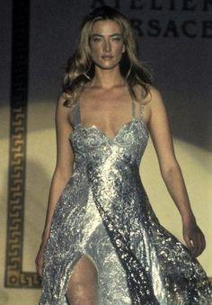 Tatjana Patitz - Atelier Versace Runway Show