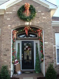 Adventures in Decorating: Welcome to my Holiday Home Tour !!