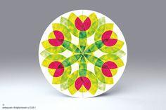 Hanf Blume • freistehende, runde Falt-Karte für Standardkuverts • cc153.05 • #rund #Karte #radial #Mandala #Dekoration #Papier  www.centuryo.com