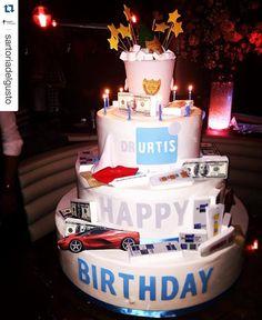 •HAPPY B-DAY DR.URTIS• #sartoriadelgusto #birthday #cake #giacomourtis #drurtis #memilanilduca #mfw #mfw2015 #milano grazie a tutto lo staff di Sartoria del gusto per la bellissima torta Surgery, chic and rock! Grazie per l'impegno ! Sartoria de gusto: le torte più buone di Milano!  — con Giacomo Urtis e Giacomo Urtis presso STK Milan. Tag: Giacomo Urtis e NotOnlyStar.com