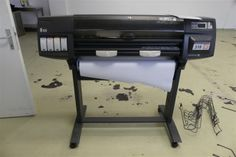 A3-Plotter HP designjet 1055CM + - A3 Plotter HP - Karner & Dechow - Auktionen Drafting Desk, A3, Furniture, Home Decor, Auction, Interior Design, Home Interior Design, Arredamento, Drawing Board