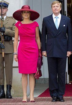 Realeza 'fashion': vestidos estampados o lisos, ¿qué tendencia triunfará?