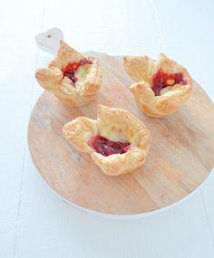 Cranberry brie bites #xmasfood