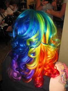 multicoloured hair...imagine touching up the roots on this style!