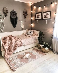 bohemian Bbedroom Bdecorating Bboho Bideas B-Relaxing Bohemian Bedroom Design Ideas College Bedroom Decor, Room Ideas Bedroom, Small Room Bedroom, Modern Bedroom, Master Bedroom, Small Apartment Bedrooms, Contemporary Bedroom, Girls Bedroom, Bedroom Inspo