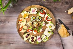 Käse-Brot-Schnitten Party Buffet, Canapes, Finger Foods, Vegetable Pizza, Vegetables, Youtube, Finger Food Recipes, Cooking, Brot