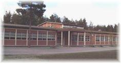 Itälän koulu Nostalgia, Garage Doors, Outdoor Decor, Home Decor, Decoration Home, Room Decor, Home Interior Design, Carriage Doors, Home Decoration