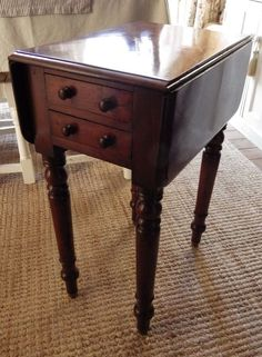 VICTORIAN 19th Century Small Sized MAHOGANY PEMBROKE TABLE
