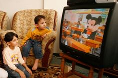 Here's why you shouldn't let your kids watch TV for more than 3 hours