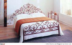 Letto Classico - Maggioni - beddengoed - bedden - bijzettafels
