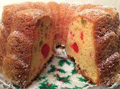 Viime joulun suosikkihedelmäkakkuni oli Myllyn Paras sherry-hedelmäkakku -ohjeella tehty punssi-hedelmäkakku. Kakkuja tuli kokei... Bakewell Tart, No Bake Desserts, Cornbread, Sweet Recipes, Baking Recipes, Tuli, Banana Bread, Sweet Tooth, Good Food