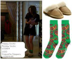《來自星星的你》11集中的襪子跟室內鞋 襪子品牌 Happy Socks Amazon售價美金$14.49,約台幣435 (綠色為男款已賣完,剩藍色女款) 點這邊購買✈http://amzn.to/1dCndjw  室內鞋品牌 UGG Amazon售價美金$119.95,約台幣3,600 點這邊購買✈http://amzn.to/NK4hpt