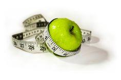 Диета Майкла Мосли. Принцип методики заключается в соблюдении прерывистого голодания - 5 дней можно употреблять привычную пищу...