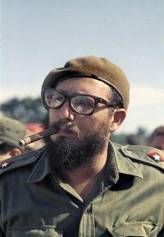 Che Guevara Tattoo, Che Guevara Images, Bob Marley Legend, Viva Cuba, Russian Revolution, Extraordinary People, American Literature, Nobel Prize, Revolutionaries