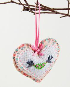 Love - cross stitch valentine heart with two little birds