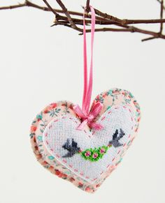 Love - cross stitch valentine heart with two little birds