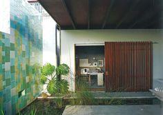 donovan hill d house Australian Architecture, Outdoor Rooms, Tiny House, Tiles, Exterior, Landscape, Courtyard Ideas, Building, Wood