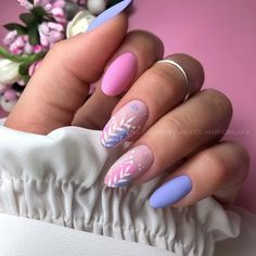 Nageldesign Cool Hair Cuts: For Men A hair cut really defines a big part of your image. Gel Nail Art, Nail Manicure, Manicures, Blue Nails, My Nails, Almond Nails Designs, Nagel Blog, Mirror Nails, Dream Nails