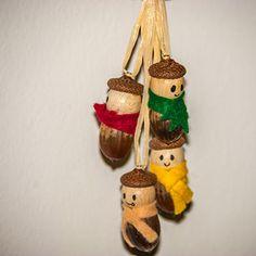 Anleitung, wie man im Herbst aus alltäglichen Eicheln niedliche Eichelmännchen basteln kann. Auch für Kinder geeignet!