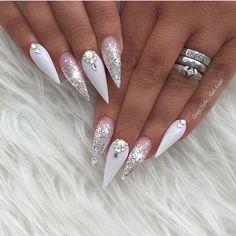 Ballerina nails on - Nails Art Ideas Vegas Nails, Prom Nails, Bling Nails, Fancy Nails, Wedding Nails, Nail Swag, Fabulous Nails, Gorgeous Nails, Stone Nails