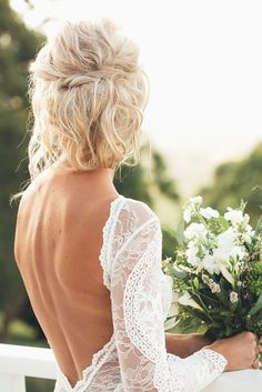Romantic Wedding Hairstyles Ideas Will Make You Love - Wedding Dresses Grace Loves Lace, Perfect Wedding, Dream Wedding, Wedding Day, Elegant Wedding, Rustic Wedding, Wedding Shot, Decor Wedding, Hair Wedding
