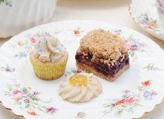 Vanilla–Sour Cream Fairy Cakes