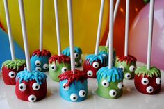 Monster Marshmallow Pops - the same decorating idea could be used for cake pops too!