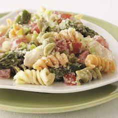 Chicken Caesar Pasta Toss -this was yummy; I replaced the asparagus with broccoli and the tomatoes with red peppers.