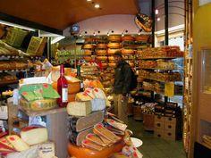 071121 (00) AMS Jared Cheese Shop.JPG (83623 bytes)