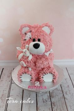Pink teddy bear by Tera cakes