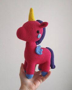 Örgü Bebek Yelek Robası Modelleri ve Yapılışları Crochet Designs, Crochet Patterns, Create Your Own Image, Crochet Unicorn, Magical Unicorn, Dinosaur Stuffed Animal, Toys, Animals, Craft Ideas