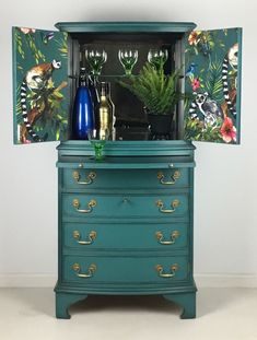Vintage Drinks Cabinet Cocktail Gin Storage Painted Teal With Tropical Lemur Design Funky Furniture, Bar Furniture, Paint Furniture, Upcycled Furniture, Furniture Projects, Teal Painted Furniture, Vintage Furniture, Diy Furniture Renovation, Furniture Makeover