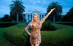 Review - 'The Queen of Versailles' by Lauren Greenfield - NYTimes.com