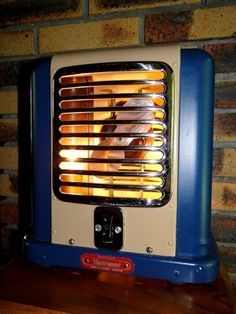 Lampe chauffage calandre - Site de lampes-insolites-vintages !