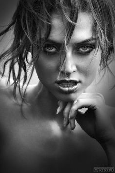 Beautiful Girl Portraits by Dmitriy Grechin - Pondly