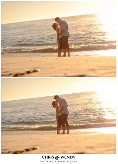 beach engagement photo ideas