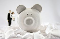 Financial budgeting and planning after marriage. This particular image has heart-shaped eyes.