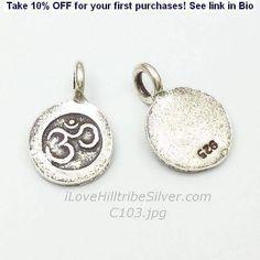 Silver Charm-C103 #om #aum #yoga #disc #circular #hilltribesilver #ilovehilltrbesilver http://ift.tt/2vpGVMM