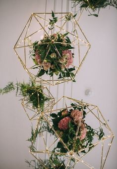 Wonderful floral wedding decor in 2018 13 Geometric Flower, Geometric Wedding, Floral Wedding, Wedding Flowers, Geometric Shapes, Dress Wedding, Wedding Cake, Hanging Wedding Decorations, Garden Wedding Decorations