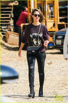 Jessica Alba Spends Weekend with Honor & Haven in WeHo!